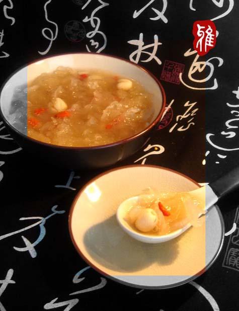 银耳莲子汤的简单做法