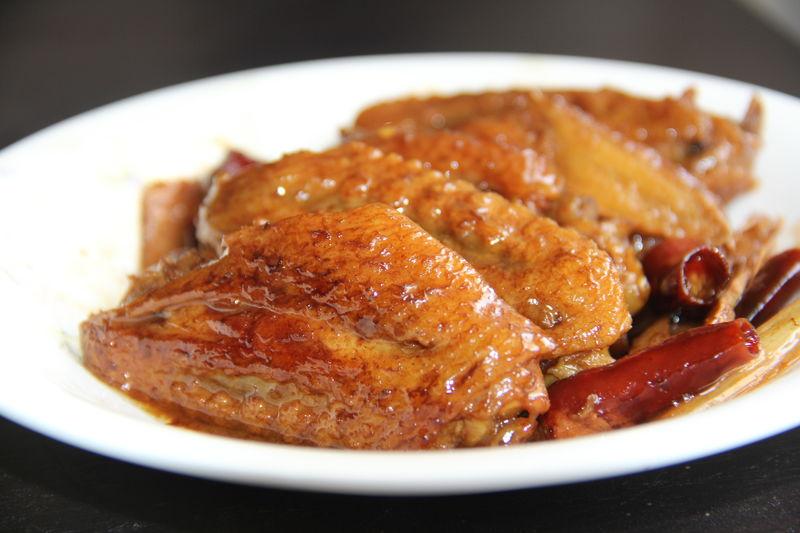 可乐鸡翅的做法 可乐鸡翅怎么做好吃 美食美摄分享的可乐...
