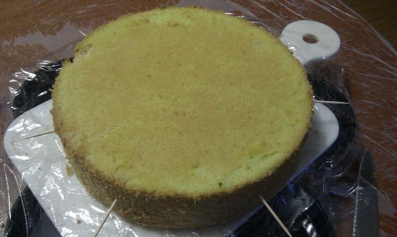 【装饰蛋糕】奶油水果蛋糕(附步骤图)
