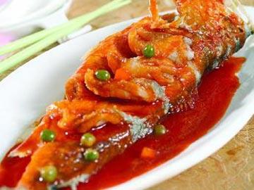 糖醋鲤鱼的做法 糖醋鲤鱼的家常做法 糖醋鲤鱼的做法大全