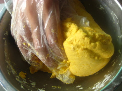 原味南瓜饼的做法图解3-韭菜猪肉馅饼的做法图解5