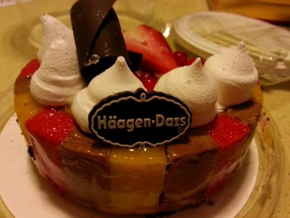 哈根达斯冰激凌蛋糕_小暖暖的美食日记
