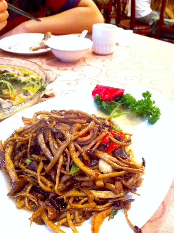 茶树菇肚丝_狮子林的鸽子的美食日记