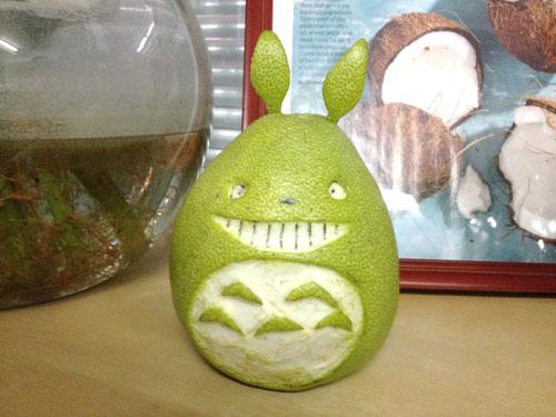 搞笑的龙猫柚子,美食可以如此可爱!