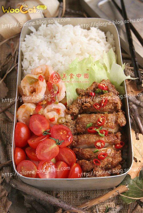 自制午餐--蒜香鸡排饭盒的做法_自制午餐--蒜香