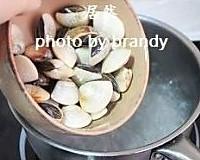丝瓜小海鲜汤的做法_丝瓜小海鲜汤怎么做好吃