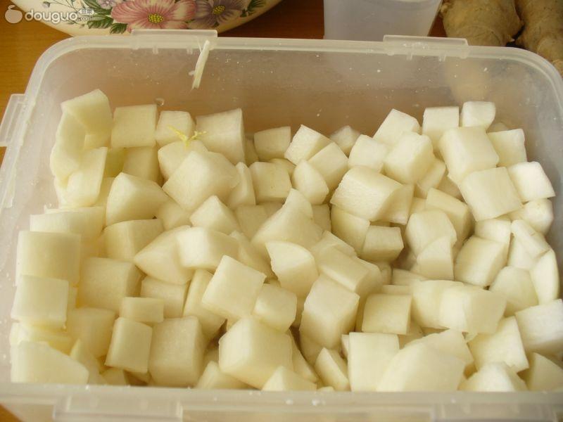 手工泡菜的制作步骤 1