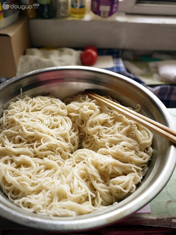 凉面的做法及调料 凉面条的做法及调料 麻辣烫的做法 四川麻辣烫的做
