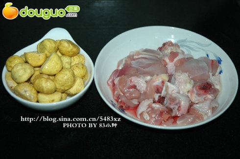 板栗烧鸡的做法 板栗烧鸡的家常做法 板栗烧鸡的做法大全